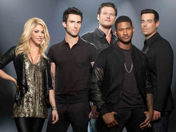 "On ""The Voice,"" Shakira, Adam Levine, Blake Shelton, Usher, Carson Daly. (Jackie Seliger / NBC)"