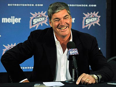Bill Laimbeer met with the Sixers on Sunday. (AP Photo/Detroit News, Daniel Mears)