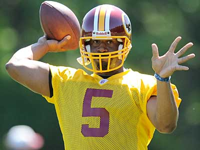 Donovan McNabb responded to recent comments made by DeSean Jackson in a magazine interview during the Redskins´ weekend minicamp. (AP photo / Nick Wass)