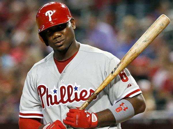 Ryan Howard´s two-run single in the 10th inning Sunday snapped an 0-for-18 streak. (Ross D. Franklin/AP)