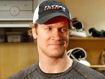 """I would say I´m quite a bit behind where I would be, training-wise, and workout-wise,"" Chris Pronger said. (Yong Kim/Staff file photo)"