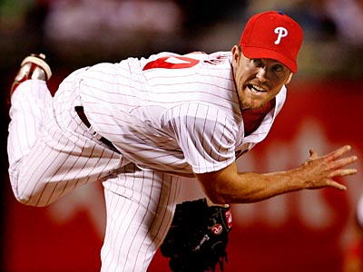 Brad Lidge remains day-to-day after suffering an elbow injury. (Ron Cortes / Staff Photographer)