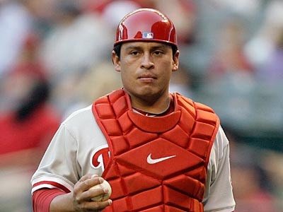Carlos Ruiz will not be in the Phillies´ lineup tonight against the Brewers. (AP Photo / Paul Connors)