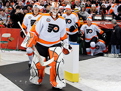Michael Leighton started in net in the Flyers´ previous Winter Classic appearance at Fenway Park. (Elise Amendola/AP)