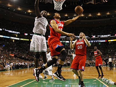 Evan Turner and the Sixers will take on the Celtics in Game 2 tonight. (Ron Cortes/Staff Photographer)