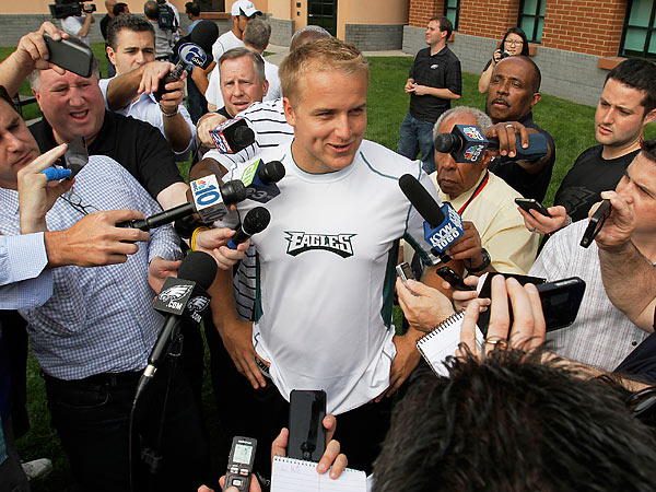 Matt Barkley talks with reporters after his first Eagles practice. (Michael S. Wirtz/Staff Photographer)