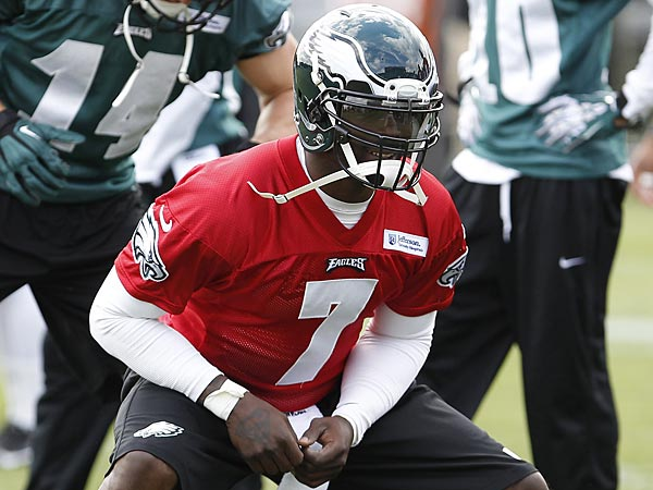 Eagles quarterback Michael Vick. (David Maialetti/Staff Photographer)