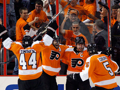 """""""Our team has been in survival mode; we've been fighting,"""" said Peter Laviolette. (Yong Kim / Staff Photographer)"""