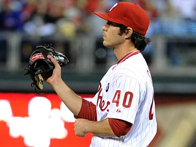 Phillies reliever Michael Stutes was removed from the game Tuesday night with back pain. (Barbara Johnston/AP Photo)