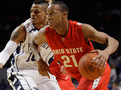 The Sixers could target Ohio State guard Evan Turner in next month´s draft. (Carolyn Kaster/AP file photo)