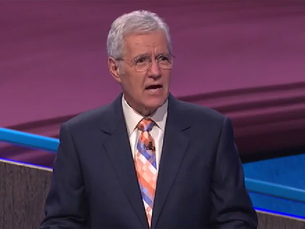 Alex Trebek gained some serious street cred Tuesday night when he rapped lyrics for the category ´The 1990s Rap Song.´ (via YouTube)