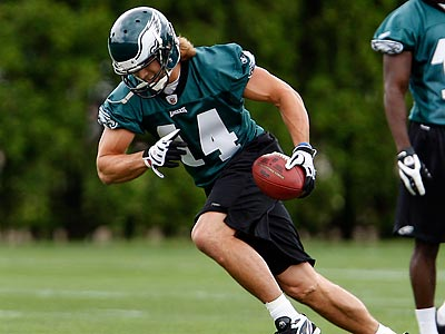 Eagles WR Riley Cooper participates in rookie camp. (David Maialetti / Staff Photographer)