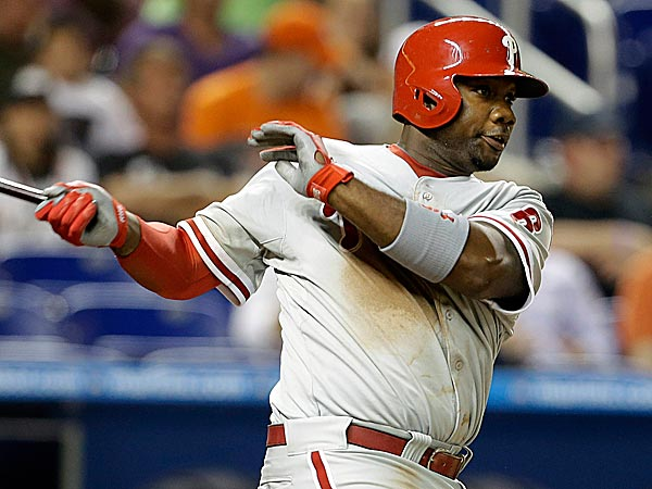 A cortisone shot reduced the pain from inflammation in Ryan Howard´s left knee. (Lynne Sladky/AP)