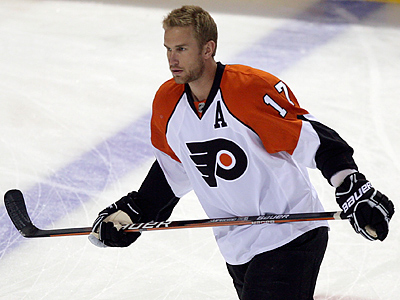 Jeff Carter returns to the Flyers´ lineup today against Montreal. (Yong Kim / Staff Photographer)