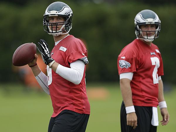 Eagles quarterbacks Nick Foles (left) and Matt Barkley (right). (Matt Rourke/AP)