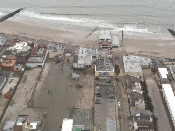 Signs of flooding in Ocean City after Hurricane Sandy. (David Gambacorta / Staff)