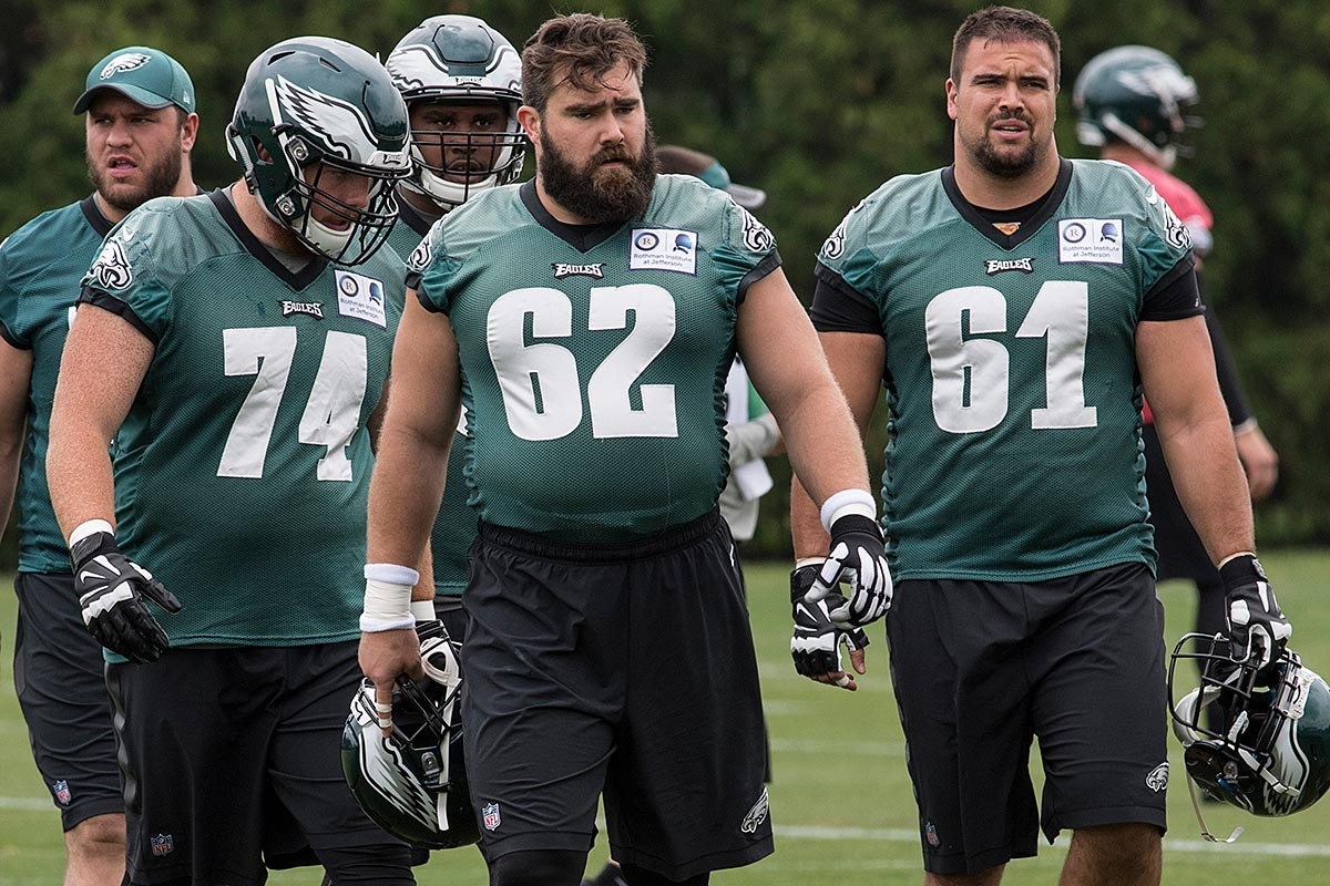 Eagles center Jason Kelce leads the offensive lineman to another drill.