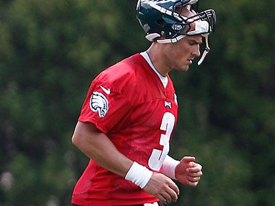 The Eagles will likely need quarterback Mike Kafka at some point in 2012. (David Maialetti/Staff Photographer)