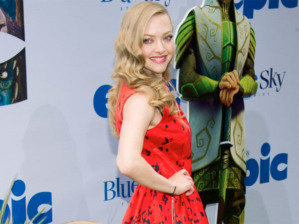 "Amanda Seyfried attends the premiere of ""Epic."" (AP Photo)"