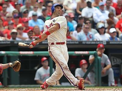 Raul Ibanez hits a three-run home run in the third inning. (David M Warren/Staff Photographer)
