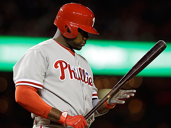 For the second straight Sunday, Ryan Howard could not start at first base because of his knee. (Alex Brandon/AP)