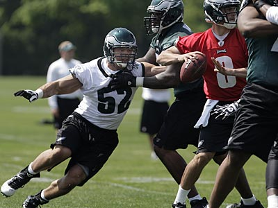 Eagles rookie Daniel Te´o-Nesheim lined up inside in nickel packages at OTAs Tuesday. (David Maialetti / Staff Photographer)