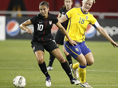 Midfielder Carli Lloyd made the final cuts for the U.S. women´s national soccer team. (Rick Scuteri/AP)