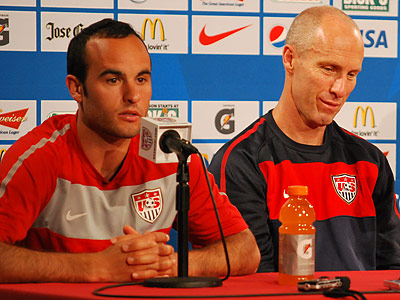 U.S. star Landon Donovan (left) hopes for a pro-American crowd at the Linc tomorrow. (Jonathan Tannenwald/Philly.com)