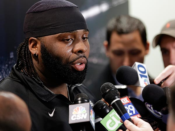 Philadelphia Eagles´ Jason Peters speaks during a news conference at the team´s NFL football training facility, Tuesday, April 2, 2013, in Philadelphia. (AP Photo/Matt Rourke)