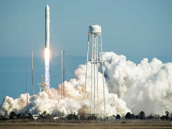 An Orbital Sciences Corp. Antares rocket launching from the Mid-Atlantic Regional Spaceport (MARS) at the Wallops Flight Facility in Virginia in April 2013. (NASA)