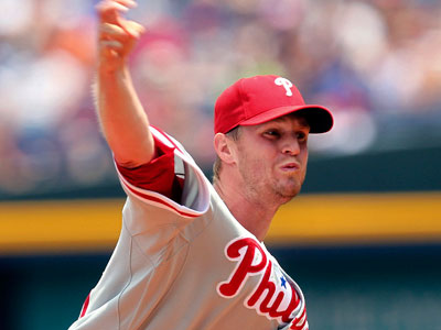 The Phillies have lost 10 of their last 14 games. Kyle Kendrick is currently pitching against the Braves. (AP Photo / John Bazemore)