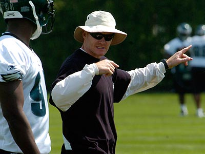 Sean McDermott is heading into his second season as the Eagles´ defensive coordinator. (Ron Tarver/Staff file photo)