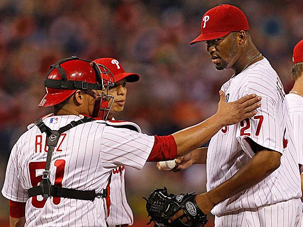 Phillies starting pitcher Roberto Hernandez and catcher Carlos Ruiz. (Ron Cortes/Staff Photographer)