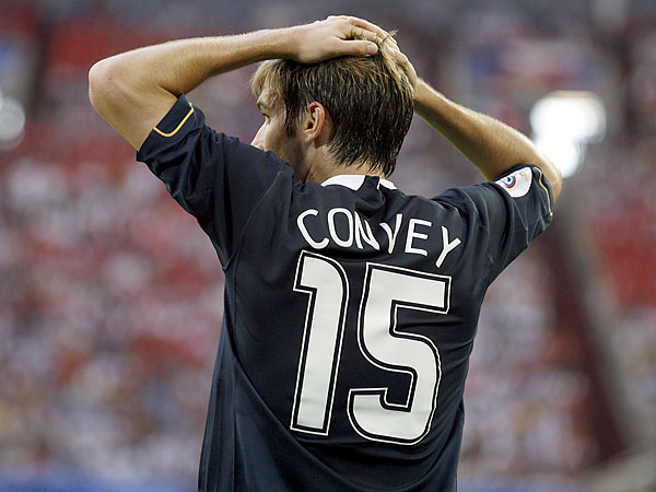 Sometimes it´s fun to go back into the archives and find old photos of players we know well. This was Bobby Convey playing with the U.S. nationalt team at the 2006 World Cup. (Petr David Josek/AP file photo)