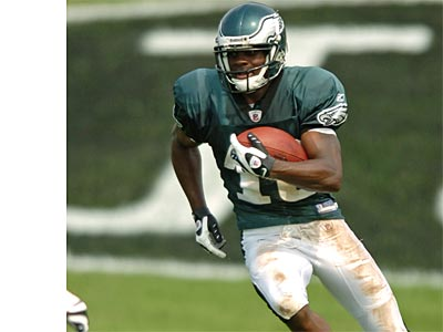 Wide receiver Jeremy Maclin will be held out of practice today. (Clem Murray / Staff Photographer)