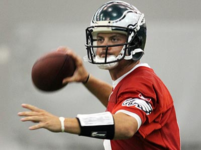 Can Kevin Kolb lead the Eagles to the playoffs in his first season as a starter? (File photo)