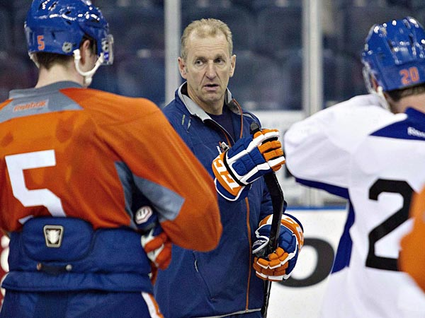Former Oilers coach Ralph Krueger. (Jason Franson/The Canadian Press/AP)