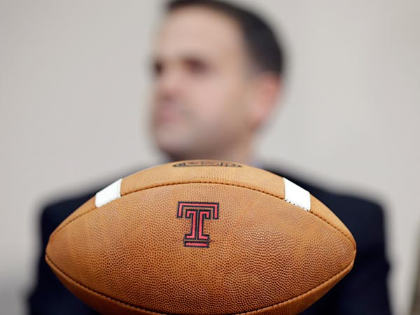Two South Jersey high school juniors gave commitments to play football at Temple. (AP Photo/Matt Rourke)