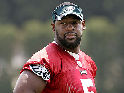 Eagles quarterback Donovan McNabb likely will miss the rest of the week´s minicamp due to shoulder tendinitis. (Tom Mihalek/AP)