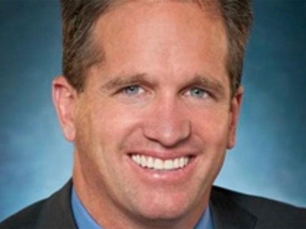 Five Below´s president-designate Joel Anderson was CEO of Walmart.com.