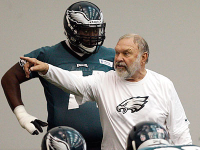 After missing the first four weeks, Howard Mudd returned to the Eagles´ spring practices on Tuesday. (David Maialetti/Staff Photographer)