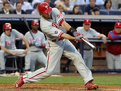 Jayson Werth hits a bases-loaded single during the fourth inning against the New York Yankees. (AP Photo/Seth Wenig)