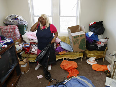 Pamela McDaniels could not afford the rent in her West Oak Lane home and opted to move in with relatives rather then letting an eviction ruin her credit. (Michael S. Wirtz/Staff Photographer)