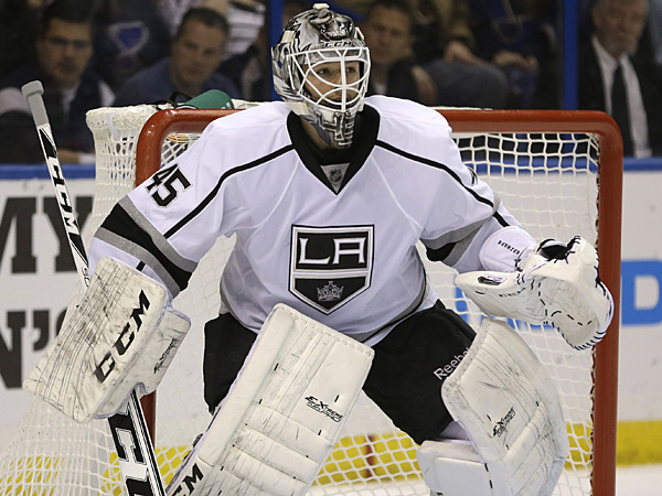 Los Angeles Kings goalie Jonathan Bernier. (Jeff Roberson/AP)