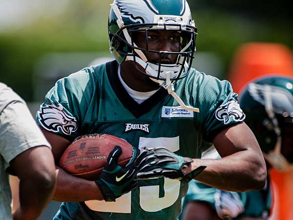 Eagles Notebook: Buying into Kelly's system? No sweat for McCoy