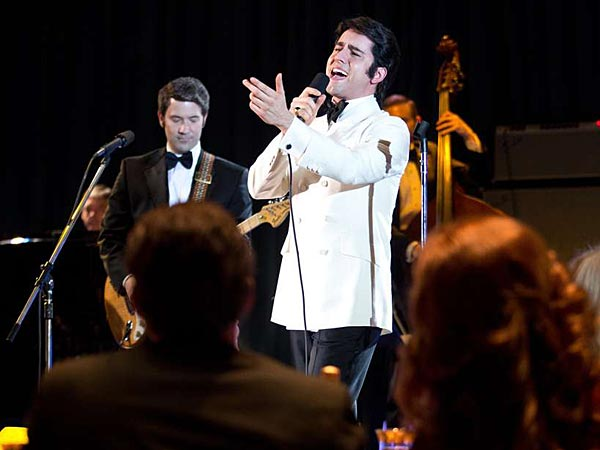 """John Lloyd Young stars as Frankie Valli in Clint Eastwood´s adaptation of the smash Broadway musical """"Jersey Boys."""" (Photo/Ellen Dunkel)"""
