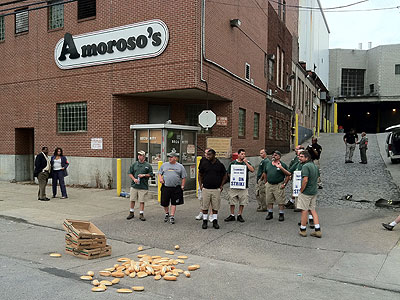 Striking unionized drivers picketed Amoroso´s bakery, near South 55th Street and Baltimore Avenue in West Philadelphia, on Monday morning. Drivers will be back at work tonight, Teamsters Local 463 President Bob Ryder said.  (Clem Murray / Staff Photographer)
