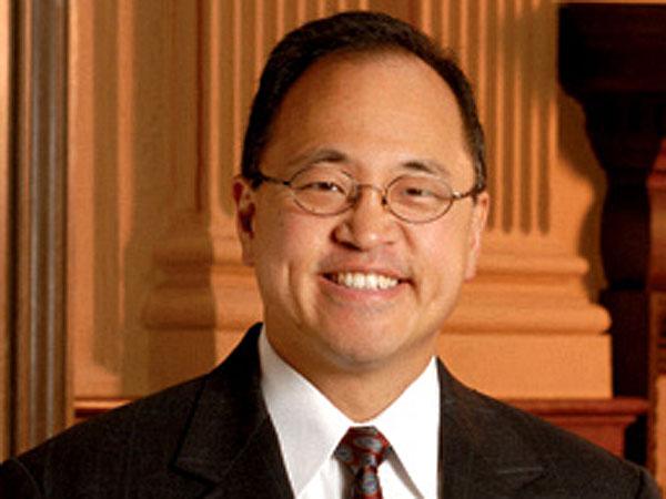 Penn law professor Chris Yoo. (Photo from law.upenn.edu)