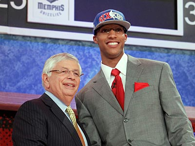 The Sixers took Ohio State´s Evan Turner with the No. 2 overall pick in the NBA draft. (AP Photo/Jason DeCrow)