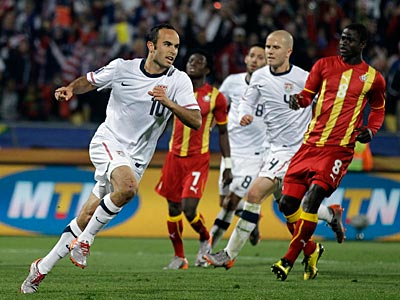 Landon Donovan scored on a penalty kick in the second half of today´s game. (AP Photo / Matt Dunham)